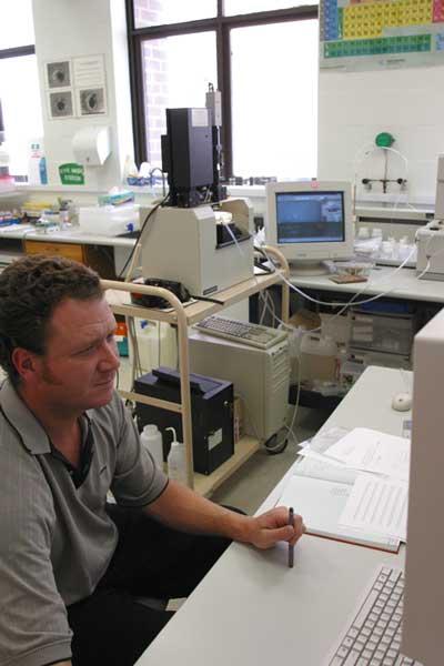 Lu hf garnet dating usa laboratory
